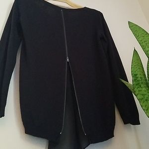 Gorgeous Kenneth Cole sweater, zipper back